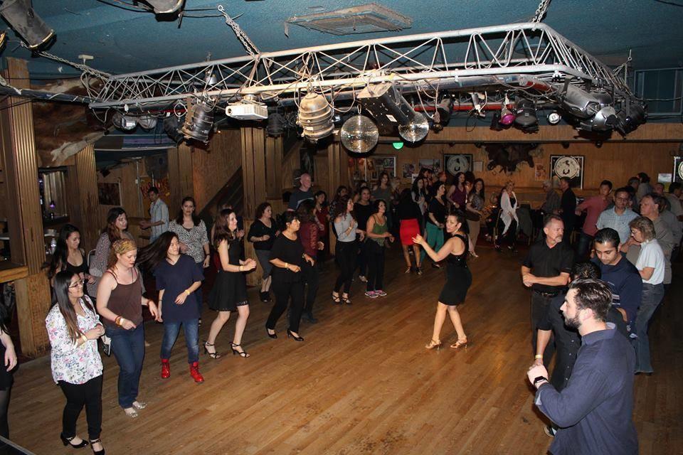 salsa dancing in los angeles, san fernando valley